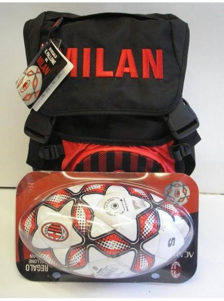 Zaino Milan Rosso/nero - Pallone in omaggio - Tasca porta pallone in rete - Spallacci imbottiti 38 x 30 x 19 cm